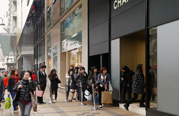Chanel cuts prices for china