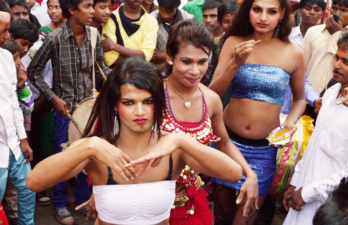 Hijras: India's trans women gain cultural recognition