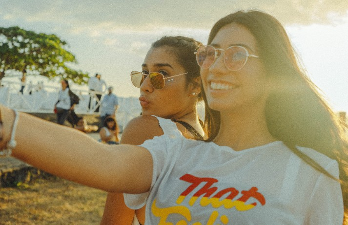 Instagram hides 'like' counts to limit mental health harm