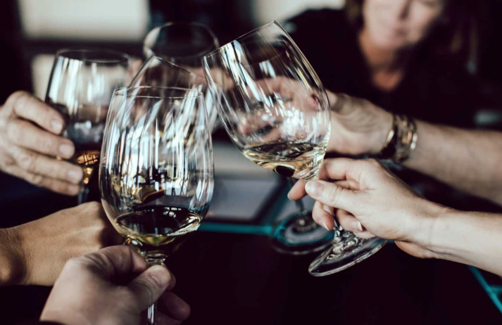 How is Skinny Booze tapping mindful drinkers?