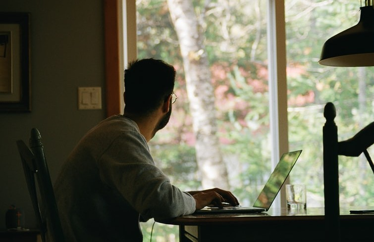 Changing work habits raise concerns over long hours