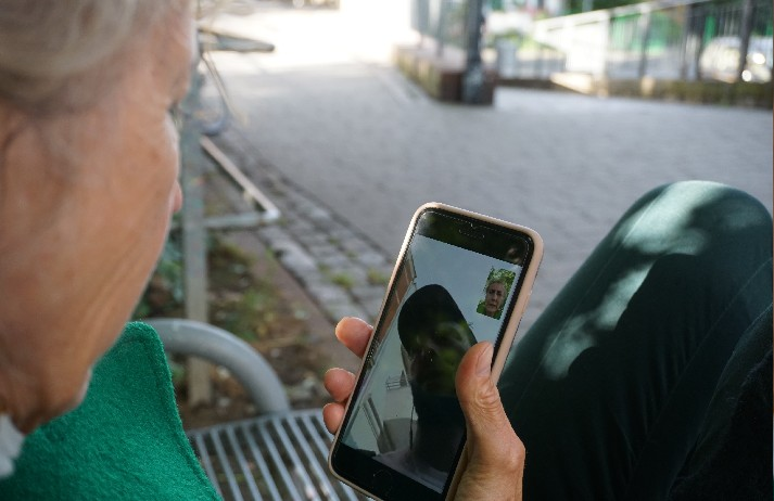 Study finds tech increases loneliness in Older Adults