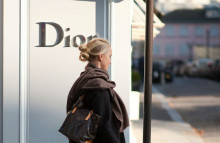 You can now shop at Dior online
