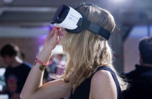 VR Pay lets shoppers pay by nodding their heads