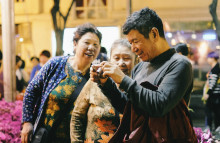 Chinese families are travelling domestically