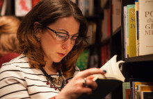Waterstones opens unbranded book stores