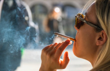 Price hikes nudge the French to give up smoking