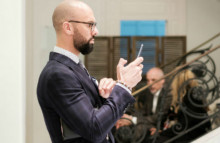 Artsy boosts art-buyers' confidence with AR app