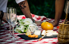 Dairy UK gifts foodies cheese heaven with pairing app