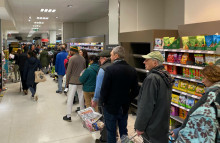 Supermarkets calm shoppers with in-store music nudges