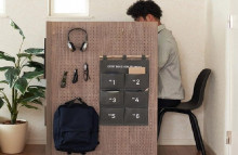 Mini-work cubicle brings office ambiance to the home