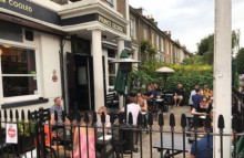 Pubs overwhelmed as Britons book months in advance
