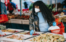 Think global, buy local! The science of identity shopping